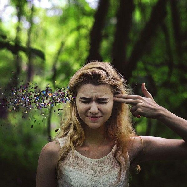 Surreal Self Portraits. Funny but creepy awesomeness! :)