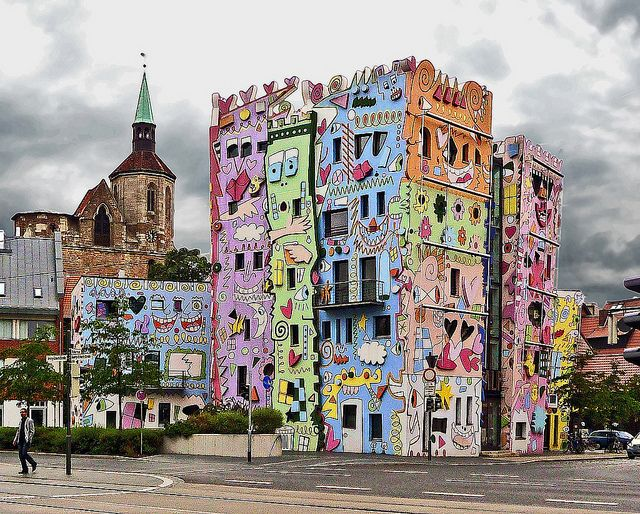 The old and the new next to each other - The Happy Rizzi-House in  Braunschweig, Germany
