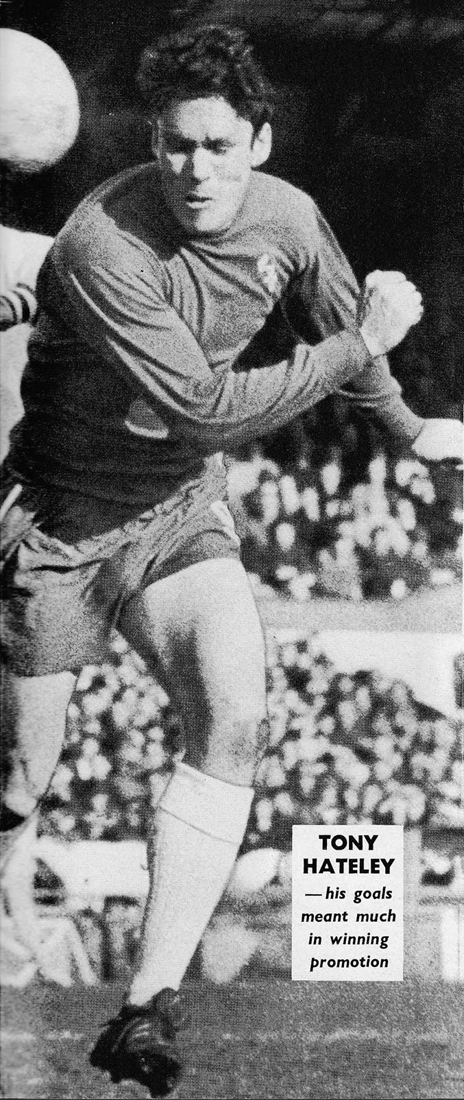 Circa 1966/67. Chelsea centre forward Tony Hateley who was brought in from Aston Villa for £100,000 following to Peter Osgood's leg break at Blackpool in the League Cup