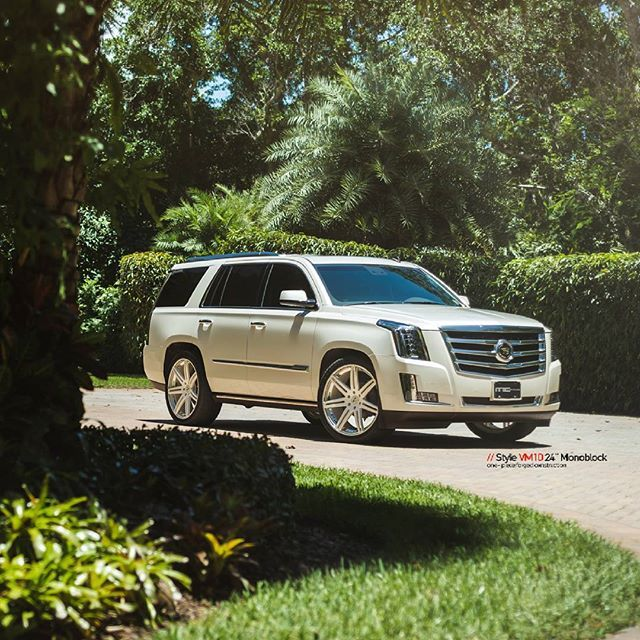 Cadillac Crossover Suv: 25+ Best Ideas About Cadillac Srx On Pinterest