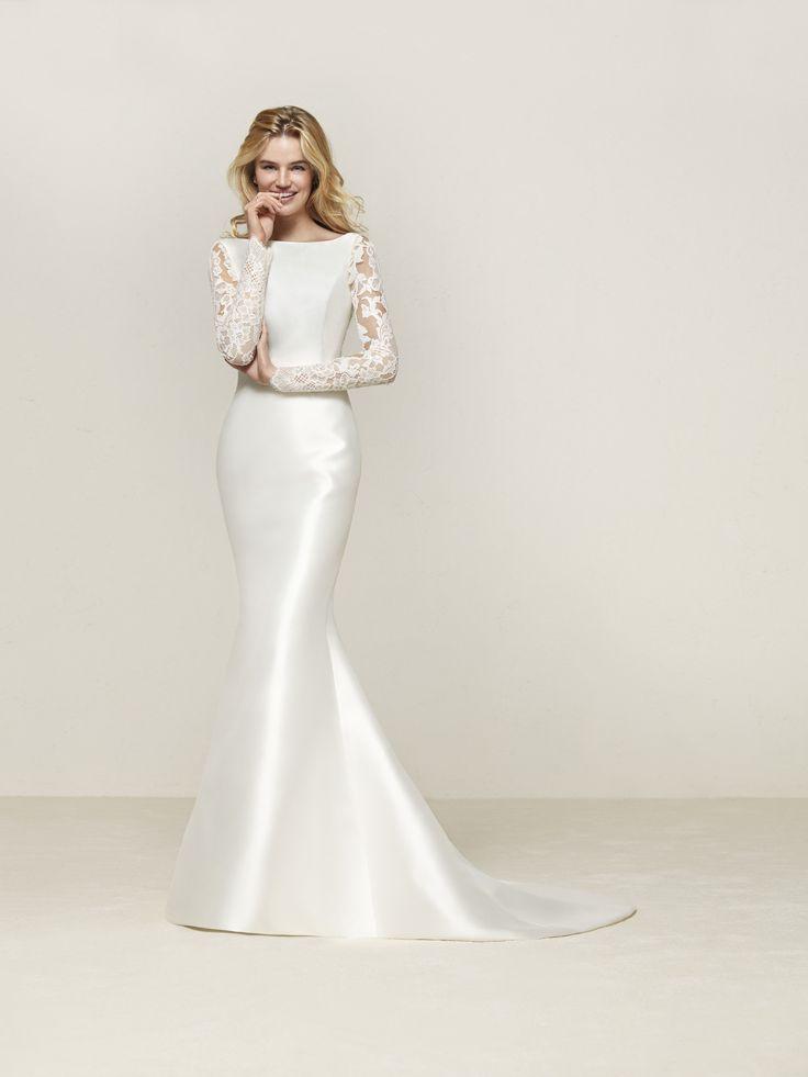 Mermaid wedding dress with pockets