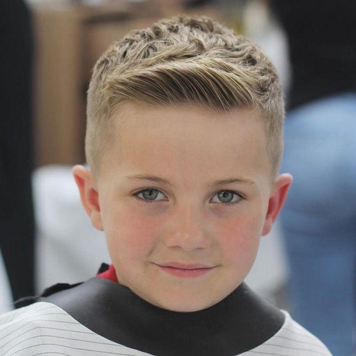 Kurze Frisur Für Jungen