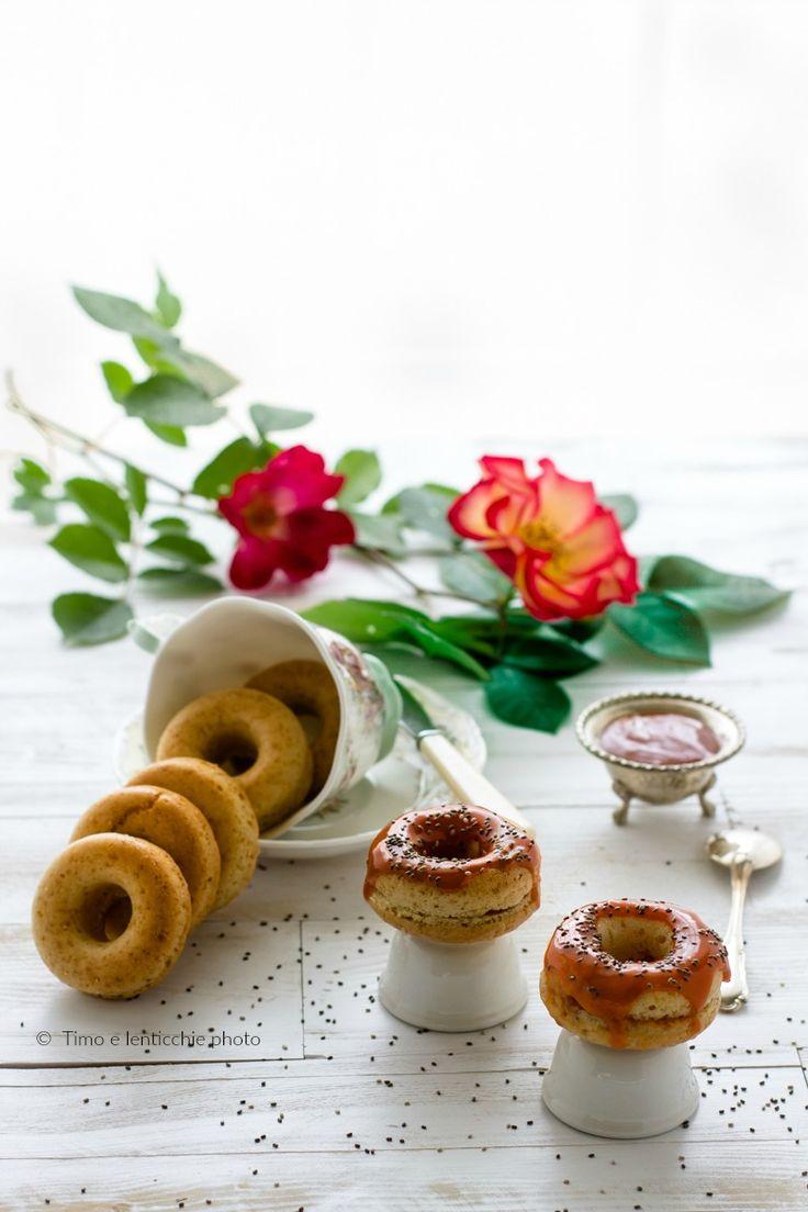 Mini donuts o ciambelline alla rosa canina e chia 1