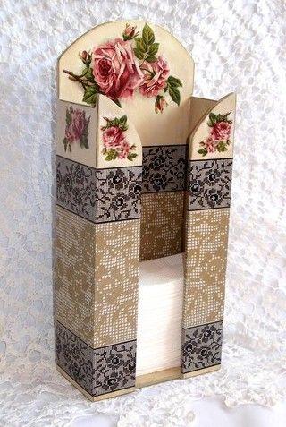 Zsebkendő tartó rózsával klasszikus csipkés a rizspapírok megvásárolhatók a webáruházban!
