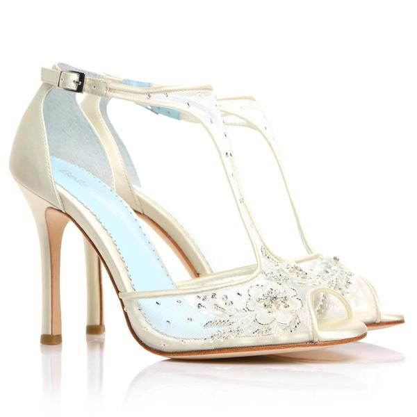Womens Capture Belle Sandal Heel - White/Silver Capture By Hollywood Made oZq8V