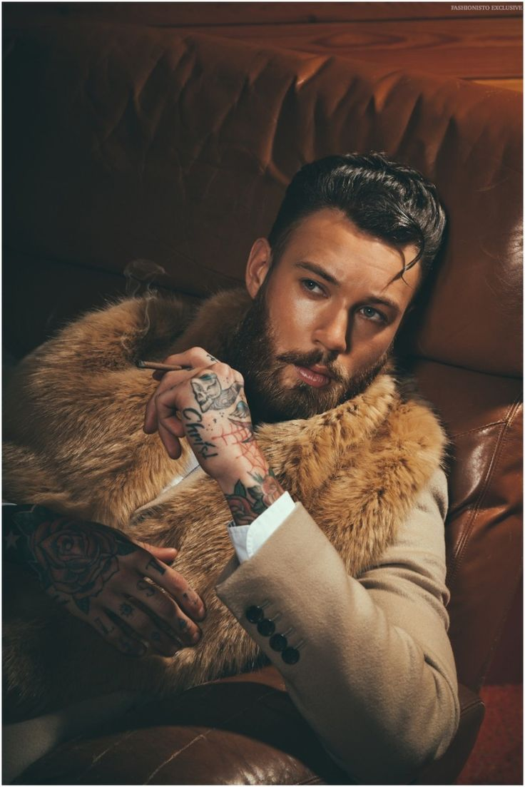 25 best ideas about billy huxley on pinterest tattooed man tattoo man and tattooed models. Black Bedroom Furniture Sets. Home Design Ideas