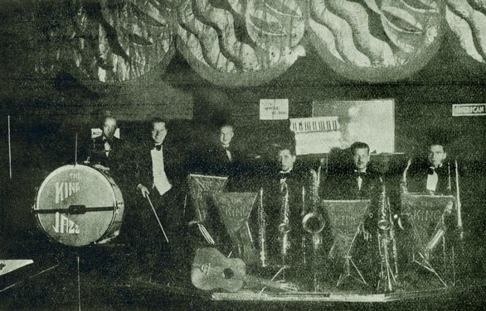 Krzyk jazz-bandu w międzywojennej Polsce | Muzyka | Dwutygodnik | Dwutygodnik