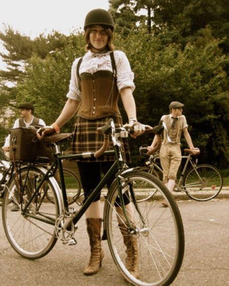 Yes! Short tweed plaid skirt and leggings, corset, dainty white blouse, and those boots!: Bikes Cycling, Fall Style, Bicycle Bicycle, Ride Ideas
