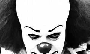 'IT' Terrifies in First Reviews…