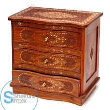 Hand carved furniture chests of drawers @shakuntimpex #shakuntindustrialfurniture #furniture #antiquecarvedfurniture