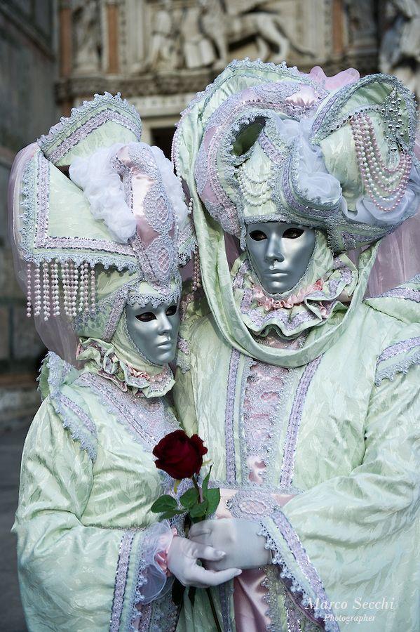 Mejores 219 im genes de time to wear a carnival mask en - Mascaras de carnaval de venecia ...