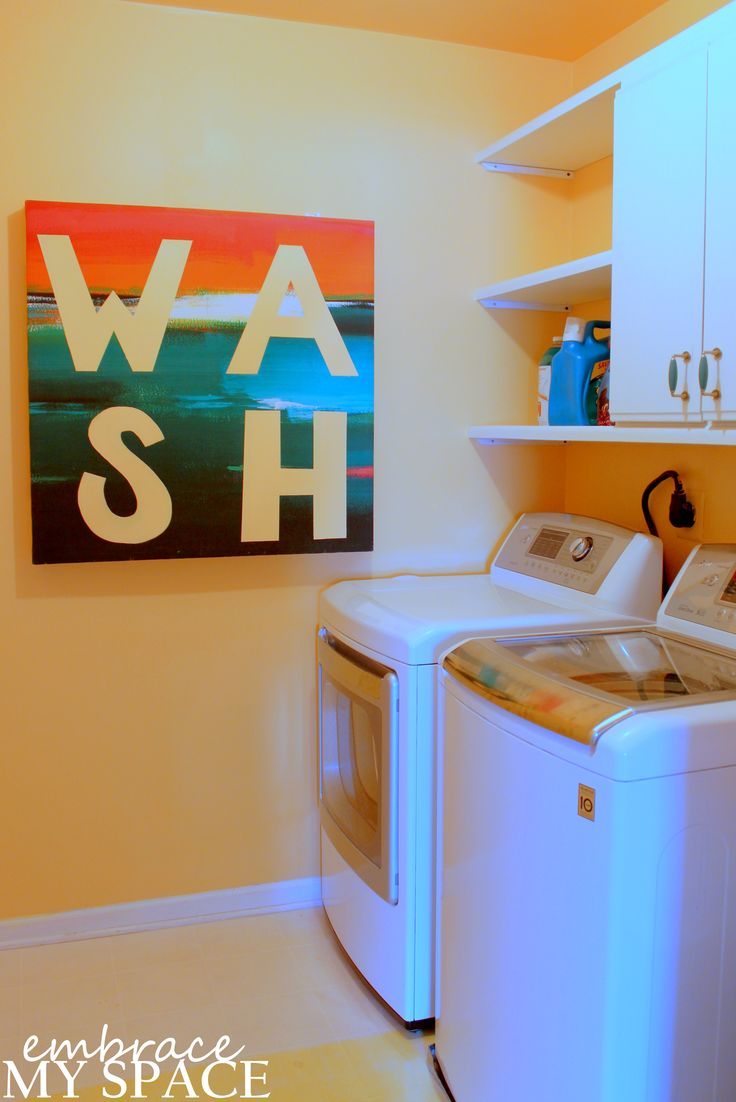 Art That Works: Hinged Laundry Folding Table
