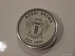 Le cas du baume à lèvres Bobbi Brown •  http://www.unthechezlinette.com/2015/01/le-cas-du-baume-levres-bobbi-brown.html