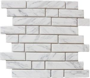 Carrara Marble subway tiles with a 'brick look'