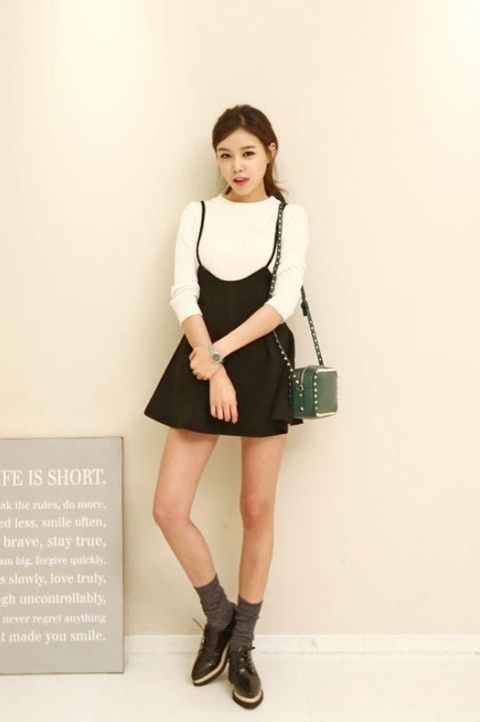 Kenzi W Pleated Front Jumper Skirt Pleatedfrontskirt