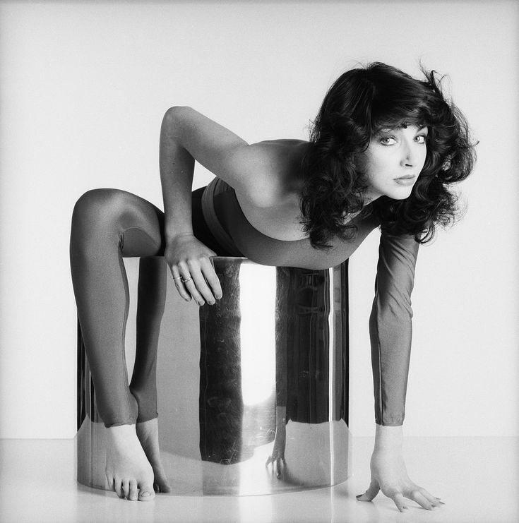 Kate Bush Fans Travel to See Rare Concerts in London - pic by Gered Mankowitz