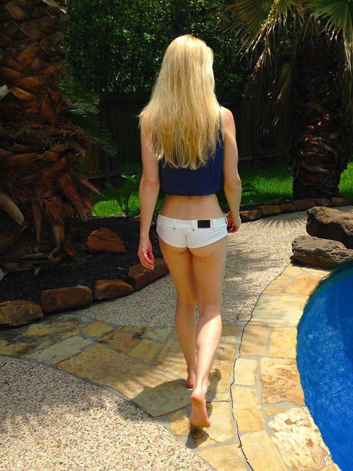 Blonde Jill 118
