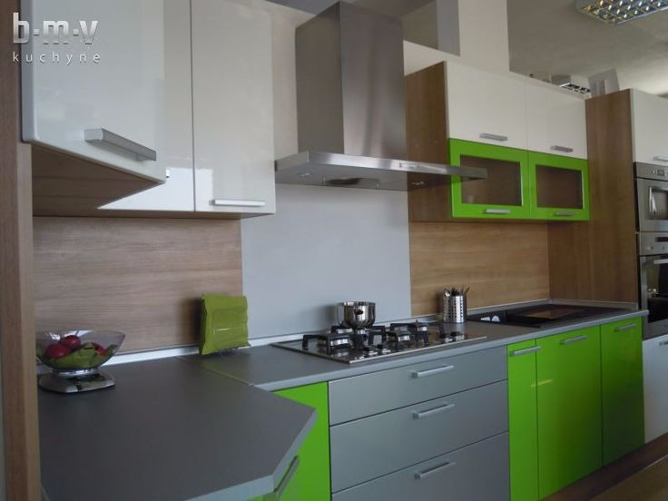 Zelená lesklá expo - BMV Kuchyne