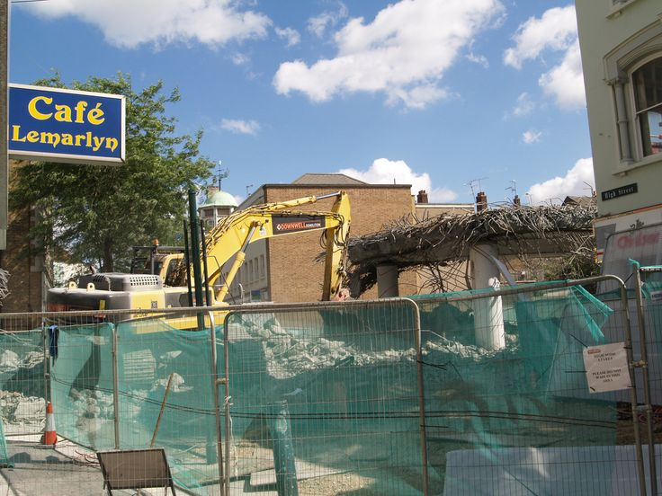 Demolition of the flyover Chatham Town Centre [shared]