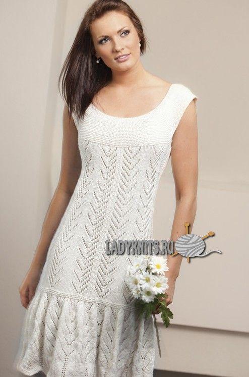 Вязаное спицами нарядное ажурное платье, описание
