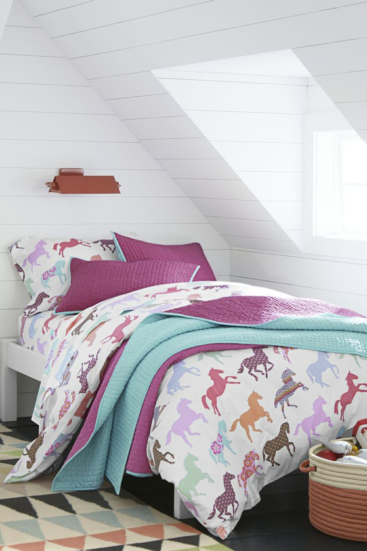 Pony Up Percale Bedding. I think I am still horse crazy. I so want this even though I'm getting married haha