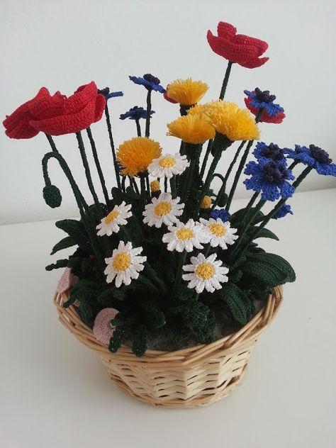 Il Blog di Sam: Composizione di fiori di campo all'uncinetto