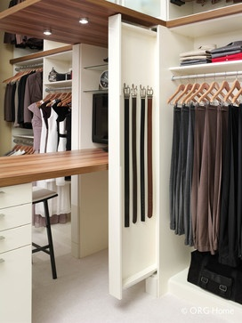Pull Out #belt #storage