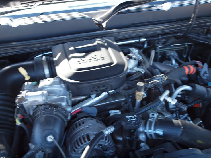 6.6 litre Duramax V8 Common Rail Direct Injection Turbo Diesel with Allison automatic transmission