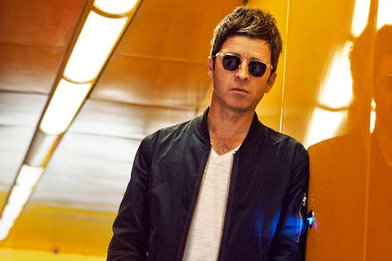 Noel Gallagher: 'Liam Gallagher should make a solo record and put his name up in lights'