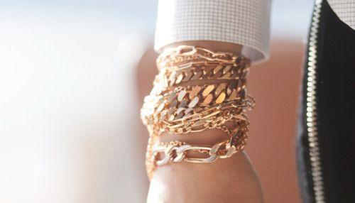 Gold: Arm Candy, Fashion Details, Style, Gold Chains Bracelets, Gold Bracelets, Armcandi, Accessories, Gold Jewelry, Jewelry Shoeshandbagsaccessori