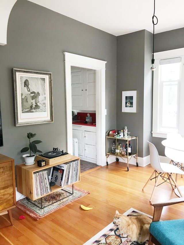 a little pink portland cottage is cute inside and out apartment rh pinterest com