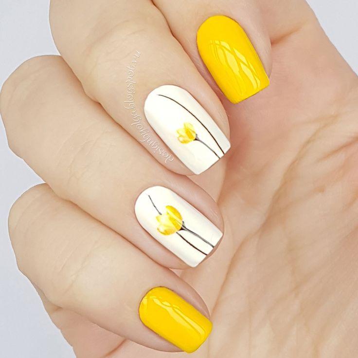 uñas amarillo y blanco