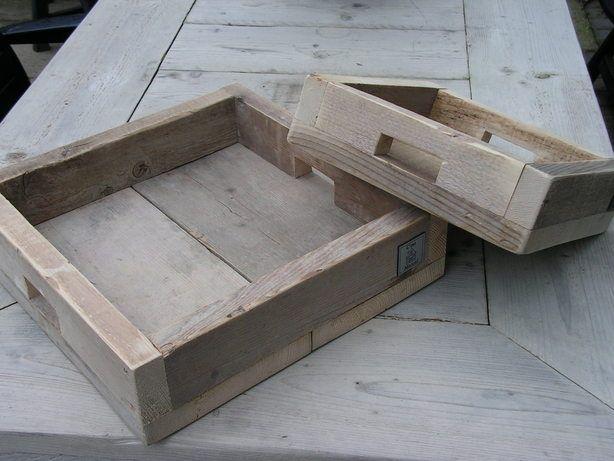 Dienbladen van steigerhout. Leuk om op te decoreren, te gebruiken als kaarsentableau of gewoon als dienblad natuurlijk! Te koop via WWW.CESTMARCEL.NL