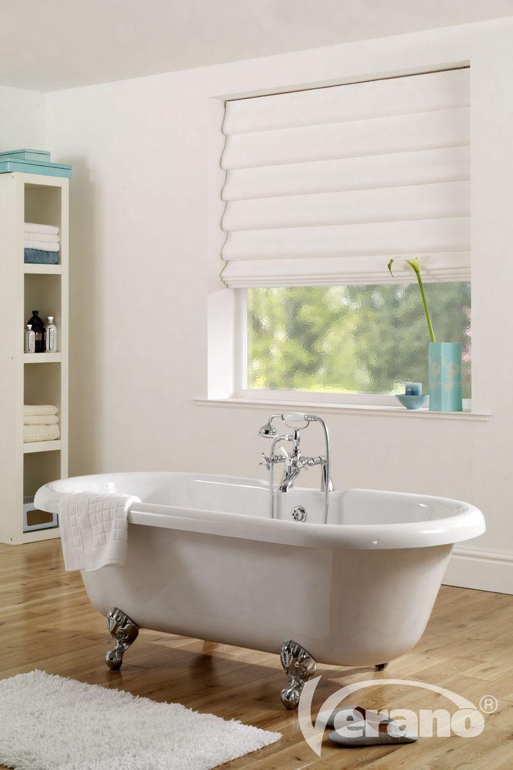 Met rustige #pastel kleuren kan je ook van de #badkamer een plek maken waar je tot rust kan komen.
