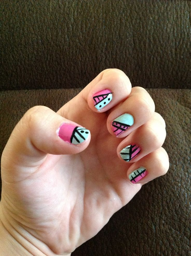 49 best nailart images on pinterest make up black nails and enamels cool stripes pattern nails prinsesfo Images