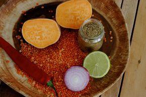 Een recept voor pittige linzensoep. Goedkoop, gezond, makkelijk en lekker!