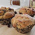 Muffins exotiques à la banane, au rhum et aux raisins secs, sans gluten et sans lactose