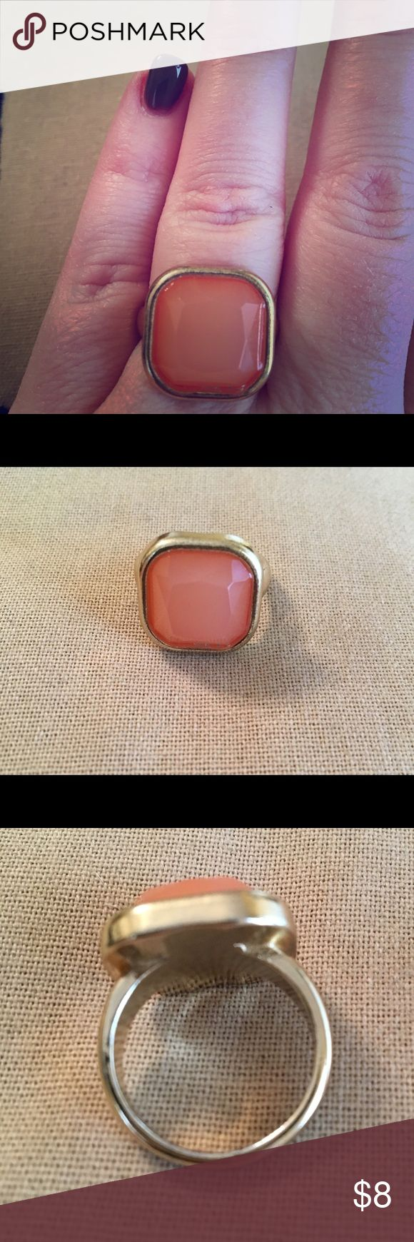 Coral and distressed gold ring size 8 Super cute coral and distressed gold ring will add a pop of color to a neutral outfit. Worn only a handful of times in the past 2 years. Old Navy Jewelry Rings