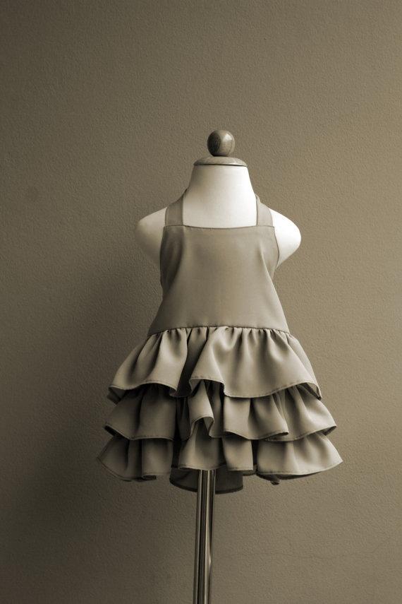 { Little ruffled dress tutorial } (love the idea of a halter neckline)