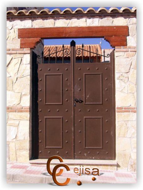Las 25 mejores ideas sobre puertas de entrada r sticas en for Como decorar una puerta de madera