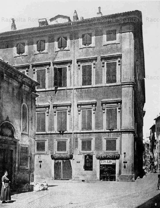 Via Monserrato.Palazzo d'aste, poi PERICOLI, ORA STERBINI 1910