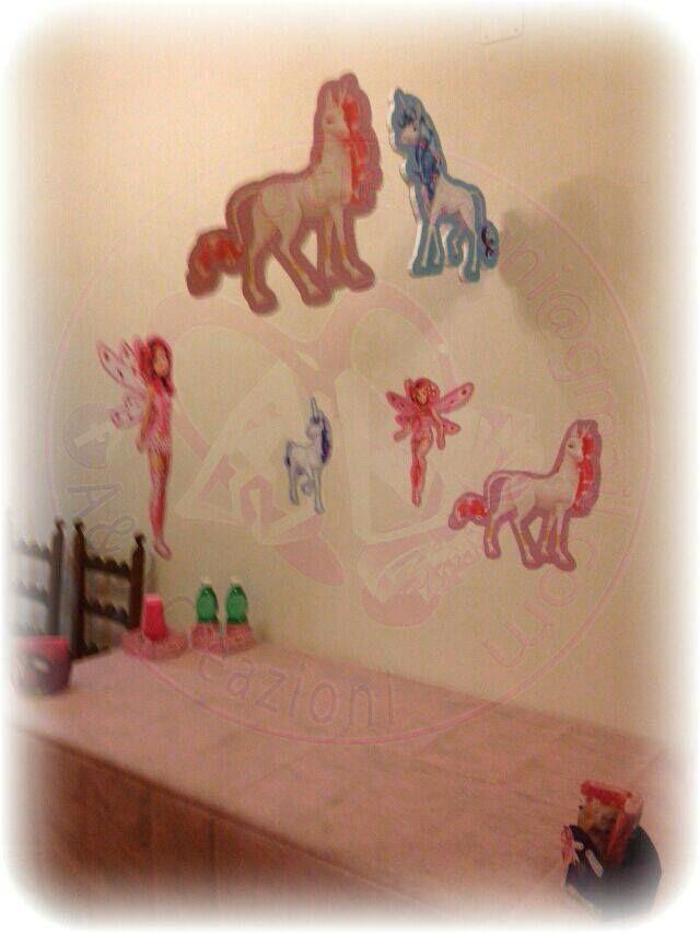 personaggi volanti e immagini da muro MIA AND ME  seguici suhttps://www.facebook.com/aedcreazioni