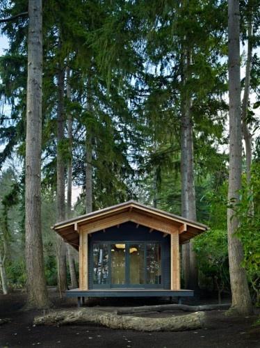Modern pre-fab cabin