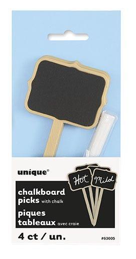 Pakke med 4 små tavler på 5x4 cm på en 9 cm plast pind og et stykke kridt.Tavlerne er helt ideelle til et buffet bord, så dine gæster kan se hvad er hvad.Du kan eksempelvis også bruge tavlerne