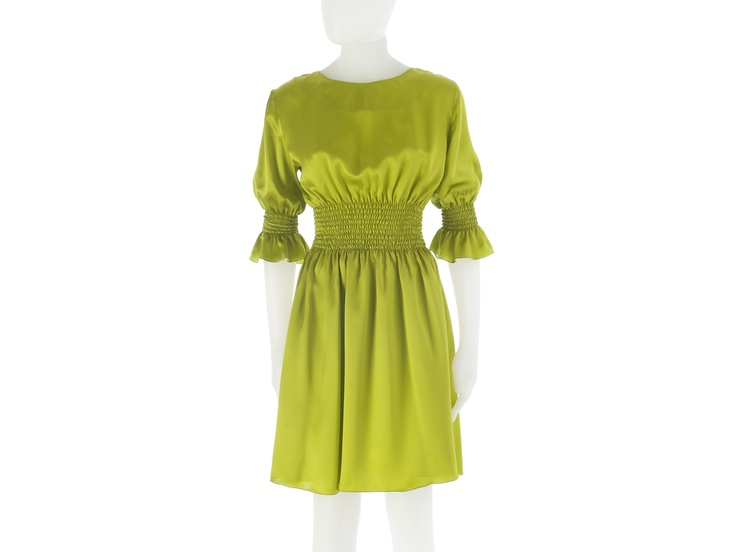 Dress in silk with shirring on waist and sleeves, lemon color. By L.Catherine London