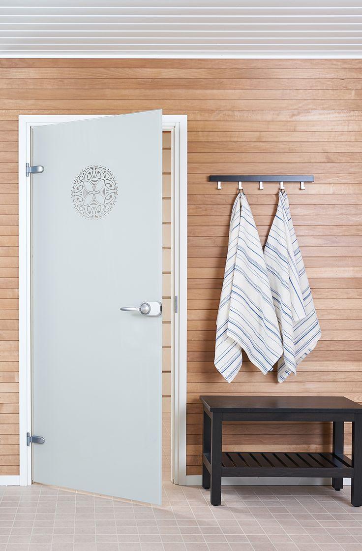 JELD-WENin Spa-malliston lasiovi OrnamentW+ ja Sataraita-pyyhkeet http://www.jeld-wen.fi/ovet/sisaovet/sisaovivalikoima/tuotesivu/?productId=3302
