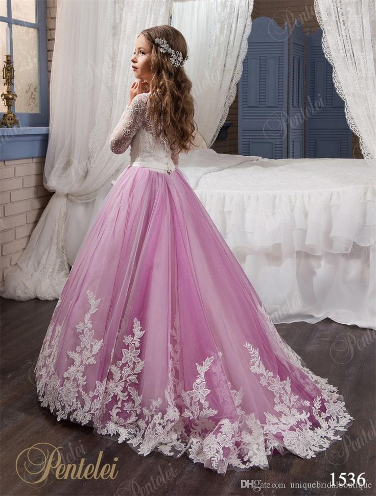 Flower Girls Dresses for Weddings 2017 Pentelei with Long Sleeves and Sweep Train Appliques Tulle Flower Little Girls Gowns Light Purple
