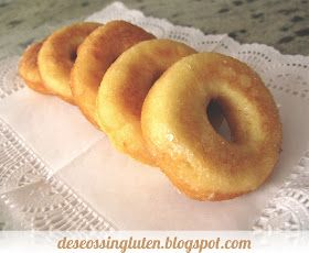 Tenía muchas ganas de que mi hijo probara los donuts sin gluten, en Santiveri los hay congelados, pero su precio es muy elevado, así que m...