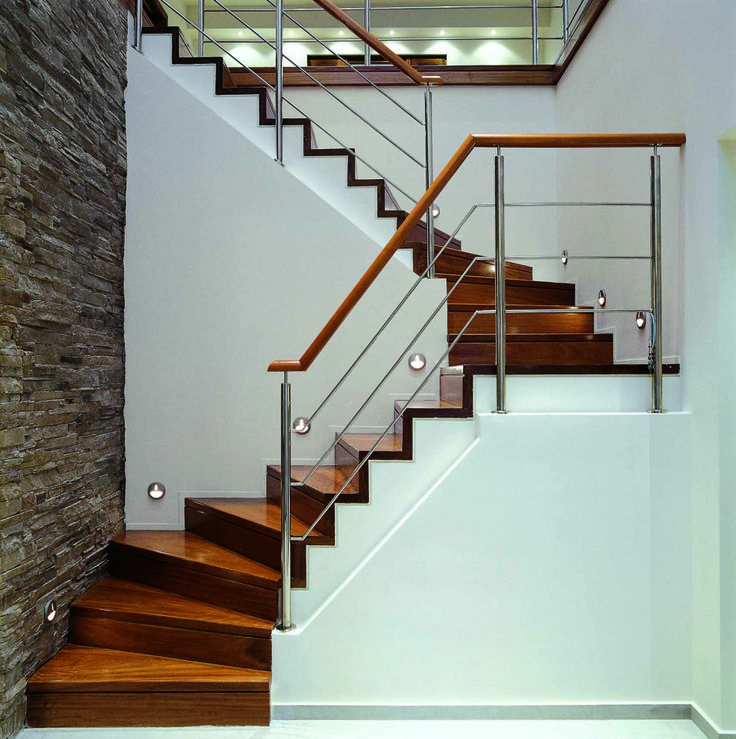 Impressive Wooden Stairs designed for the residence in Loutraki by AkPraxis. To see the whole project visit http://www.akpraxis.gr/portfolio/loutraki-residence-3/