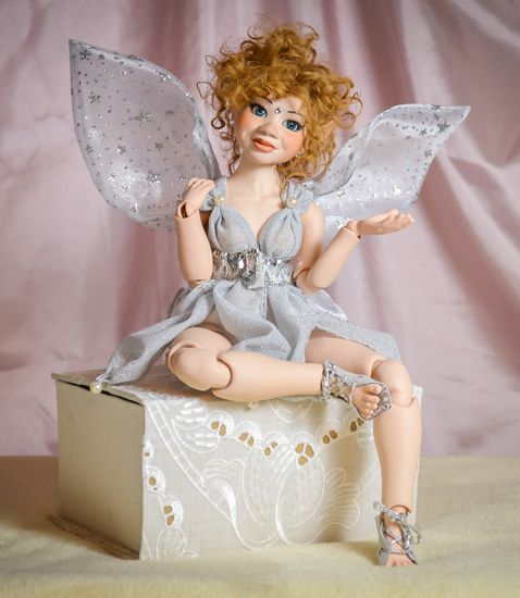 BJD doll Fatime is a porcelain Ball Jointed Doll. She is moveable, hand made. You can find more limited edition art BJD dolls at our webshop.